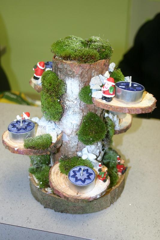 Weihnachtsbasar im tierheim hilden am - Weihnachtsbasteln mit senioren ...